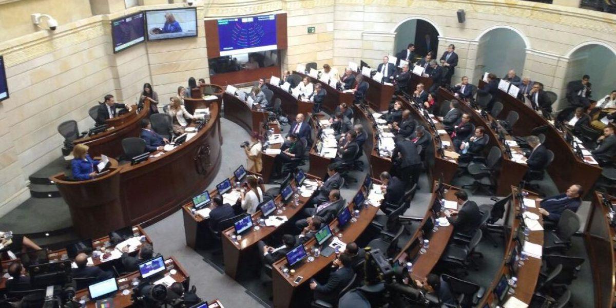 Santos convoca a sesiones extras al Congreso para continuar debates de la reforma tributaria