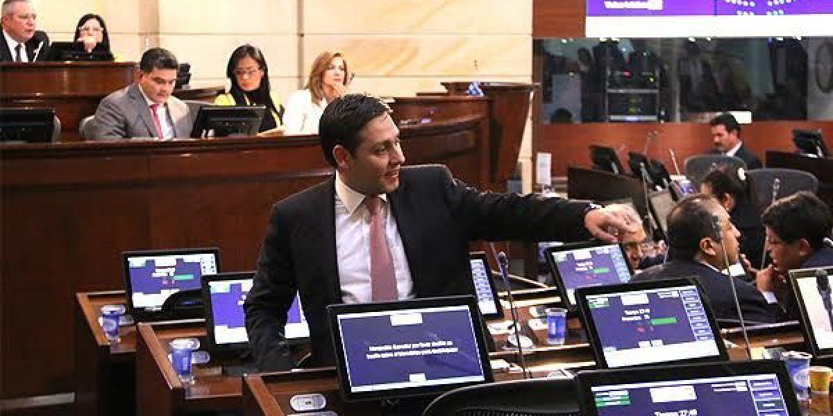 Senado refrendó nuevo acuerdo de paz con las Farc