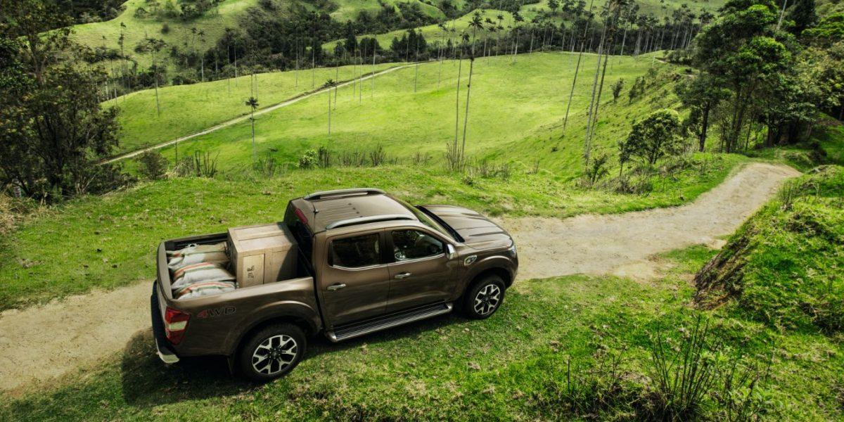 Nueva Renault Alaskan: la camioneta para meterse con lujo a la trocha