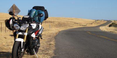 ¿Va a viajar por carretera en moto? Esto es todo lo que debe saber