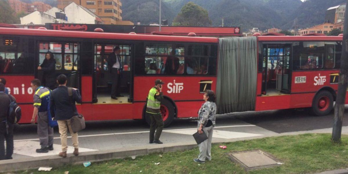 ¡ATENCIÓN! Congestión por accidente en Transmilenio