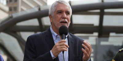 Peñalosa reconoce que el Distrito no tenía capacidad para tratar los peces de Atlantis