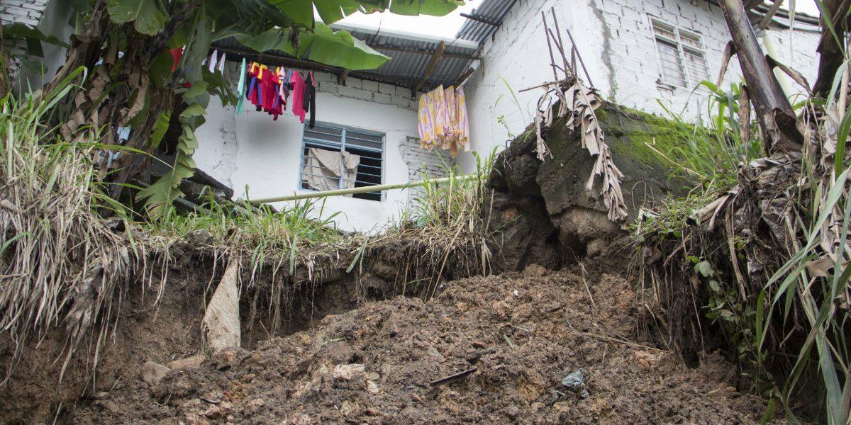 Al menos 16 viviendas de Siloé están en riesgo inminente ante lluvias en Cali