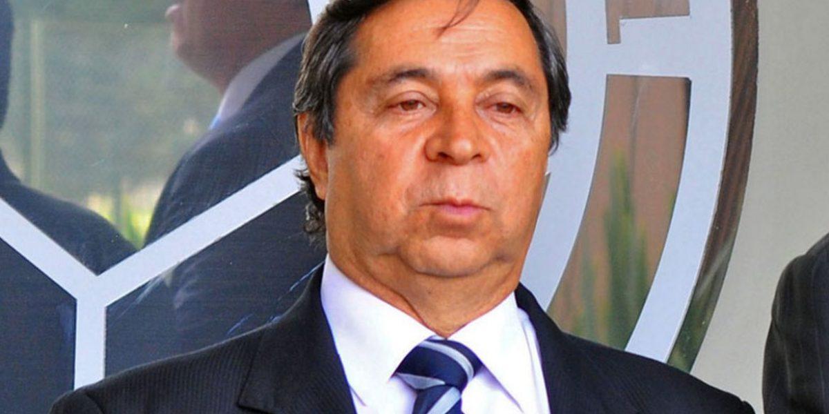 González desmintió que haya pedido renuncia de Pékerman