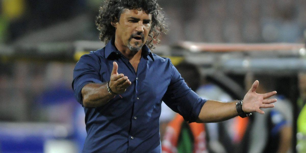 DIM anuncia que Leonel Álvarez no continuará como director técnico del equipo