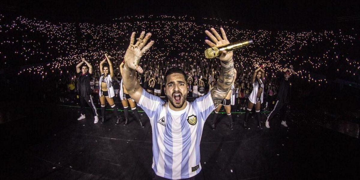 Maluma manda saludos a la hinchada de Banfield de Argentina
