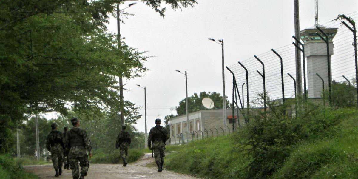 Comandante del Ejército desmiente se haya violado cese al fuego