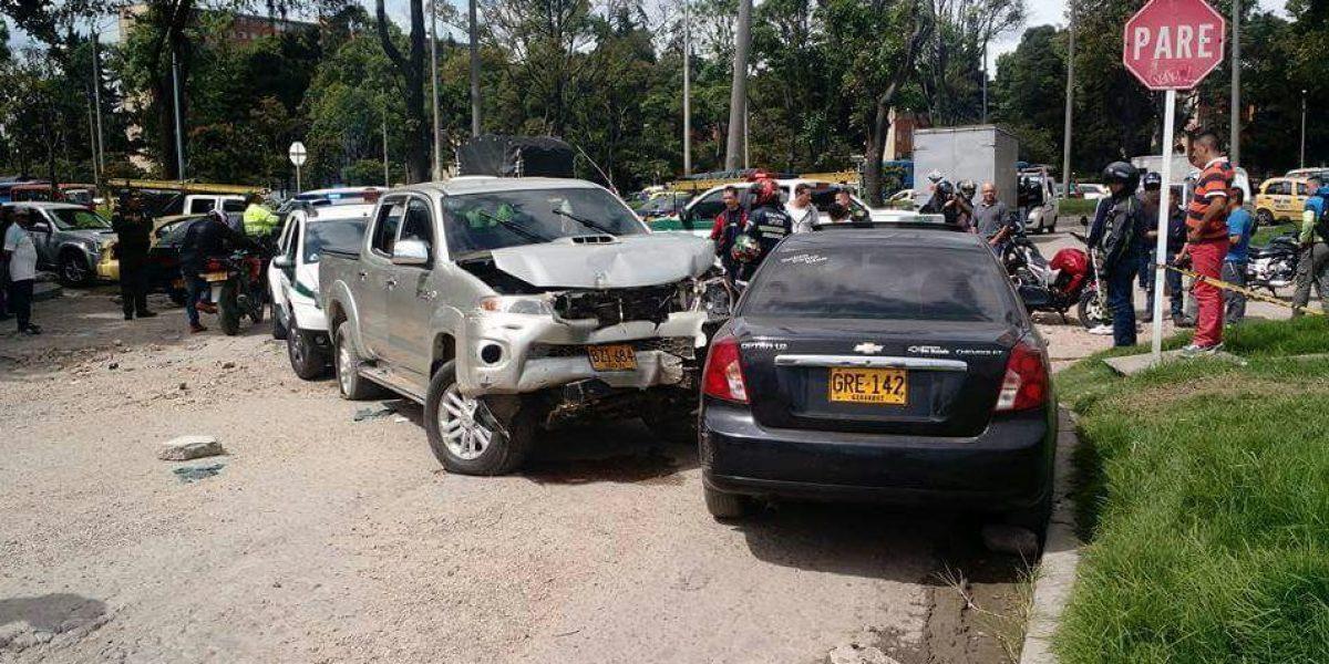 Queda libre el hombre que provocó un accidente con 15 carros en Bogotá