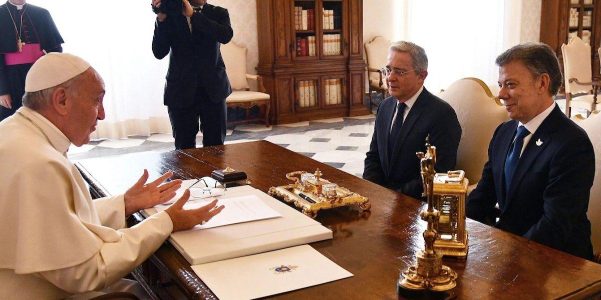 El papa se reunió con Santos y Uribe durante treinta minutos