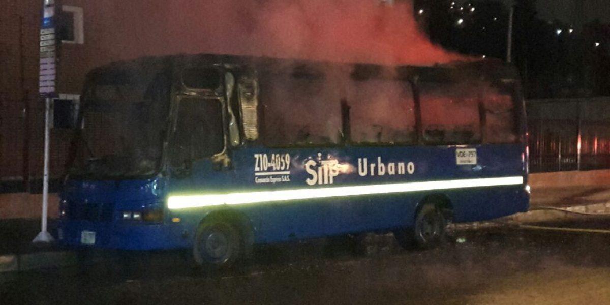 Un bus del SITP se incendió en el barrio Suba Salitre
