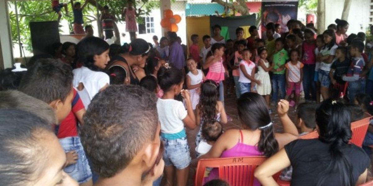 El mejor regalo: niños de Montería aprenden a defenderse de los abusos