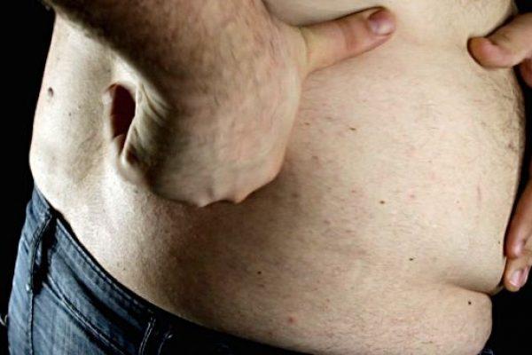 porque da celulitis en el abdomen