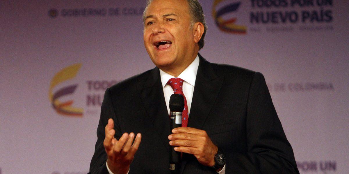 Óscar Naranjo podría ser el nuevo vicepresidente de Colombia