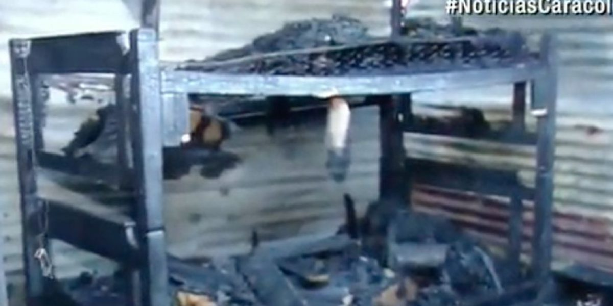Expareja agredió a mujer cuatro veces y le quemó la casa en Navidad