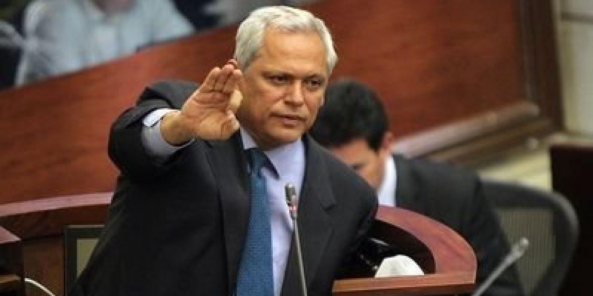 Hernán Andrade es el nuevo presidente del Partido Conservador
