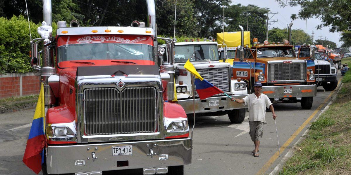 Nuevos precios de multas de tránsito en Colombia para 2017