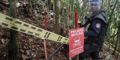 Según Rafael Pardo, el 40% del país ya está siendo desminado