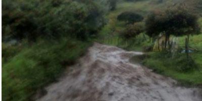 Dos muertos y tres desaparecidos por avalancha en Colombia