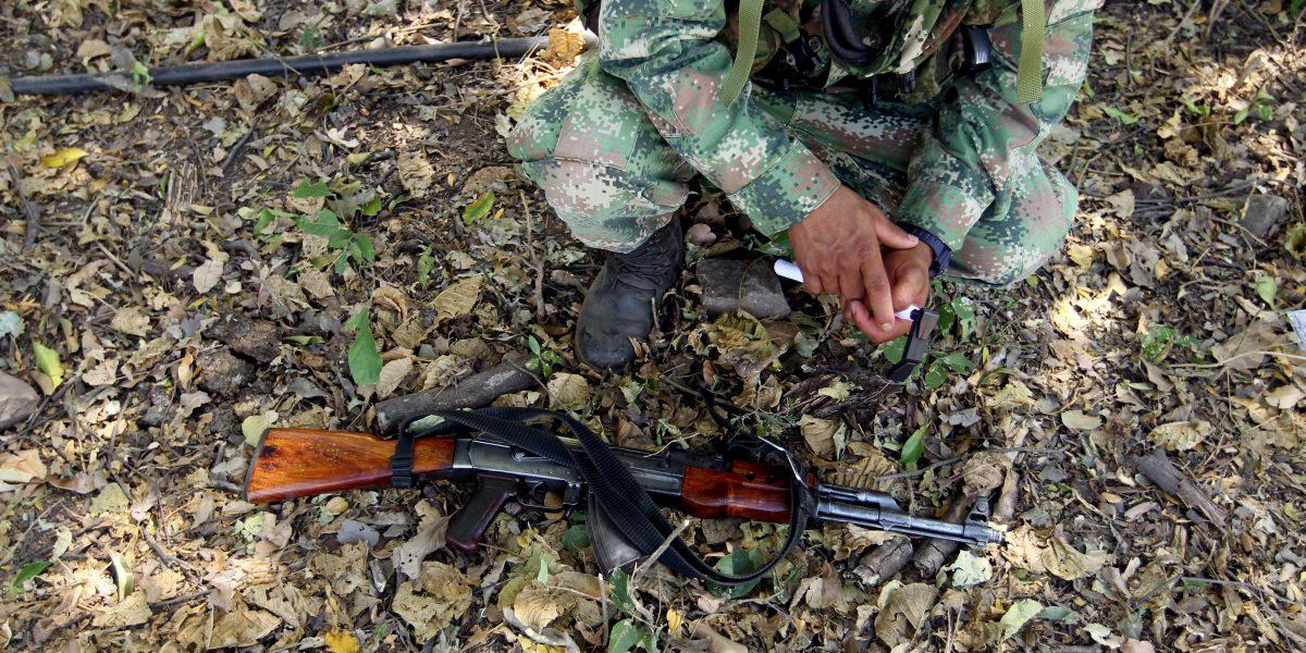 Encuentran caleta de armas de las Farc que estaba escondida