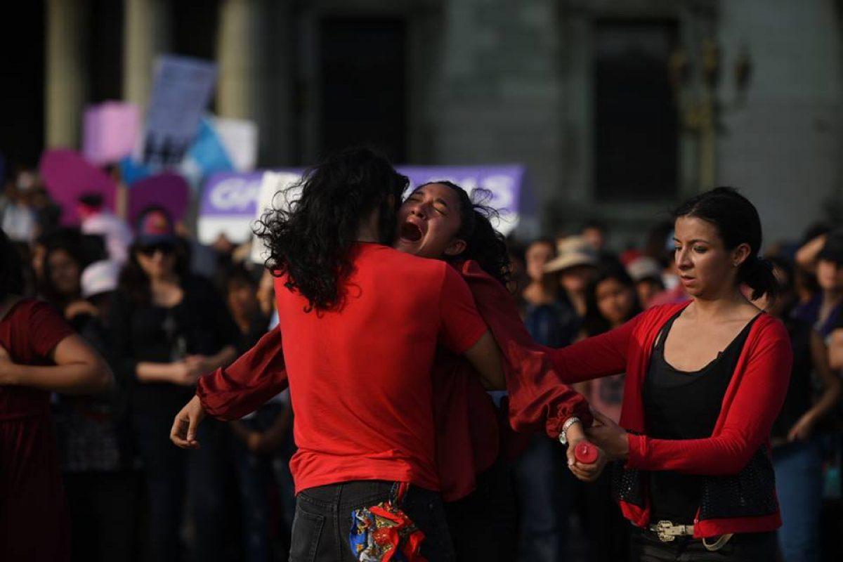 manifestacion-hoarseguro-victimas-incendio-guatemala11
