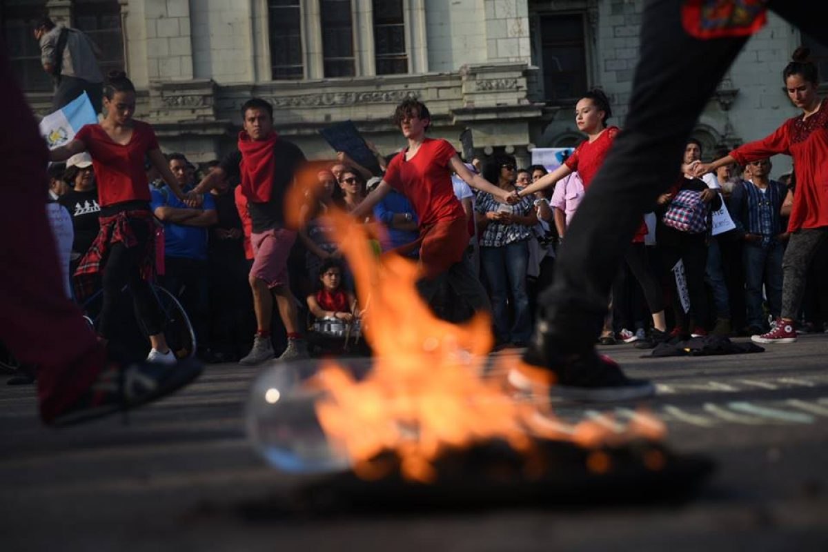 manifestacion-hoarseguro-victimas-incendio-guatemala123