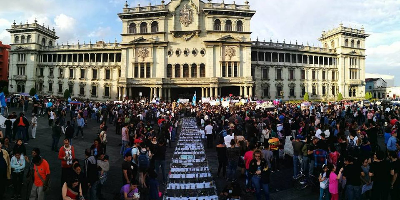 manifestacion-hoarseguro-victimas-incendio-guatemala5