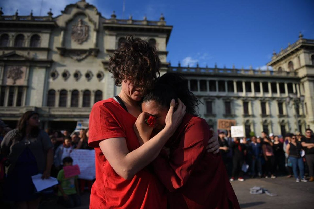 manifestacion-hoarseguro-victimas-incendio-guatemala89