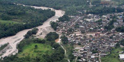 Se eleva a 254 cifra de personas fallecidas por avalancha en Colombia