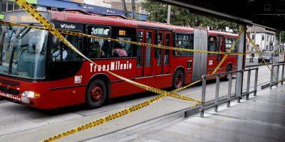 Atacada mujer cerca de la estación 21 ángeles de TransMilenio — COLOMBIA