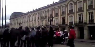 Policía que arrojó gas a la marcha de discapacitados fue suspendido