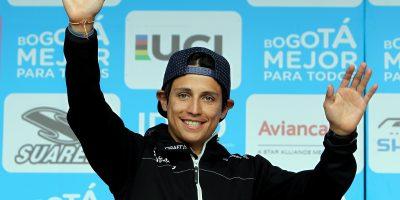 """""""El gran objetivo es que los niños sigan creciendo con el deporte"""": Esteban Chaves"""