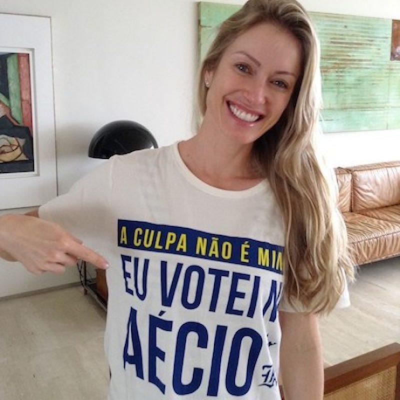 La que pudo haber sido primera dama de Brasil nació en la comunidad de Rio Grande do Sul, en donde comenzó su vida profesional como modelo para fotografías. Tiene hijos gemelos con el político brasileño. Foto:Instagram.com/aecionevesoficial