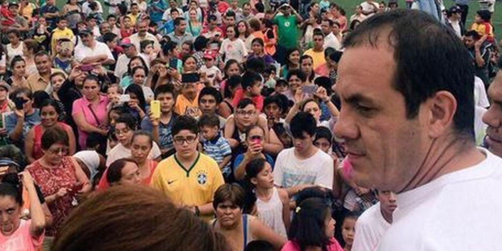 Cuauhtémoc Blanco. Después de retirarse se postuló para un cargo público, pero en la campaña pidió a la gente que votara por otro partido. Foto:Via twitter.com/cuauhtemocb10