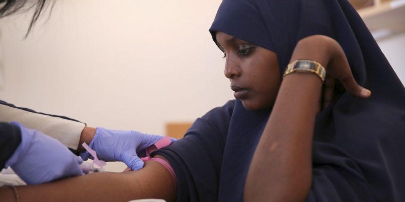 En 2012, 73 países informaron de la recogida de más de 90% de su suministro de sangre de donantes de sangre voluntarios y no remunerados, entre ellos 60 países reúnen el 100% del suministro de sangre de los donantes de sangre voluntarios y no remunerados. Foto:Getty Images