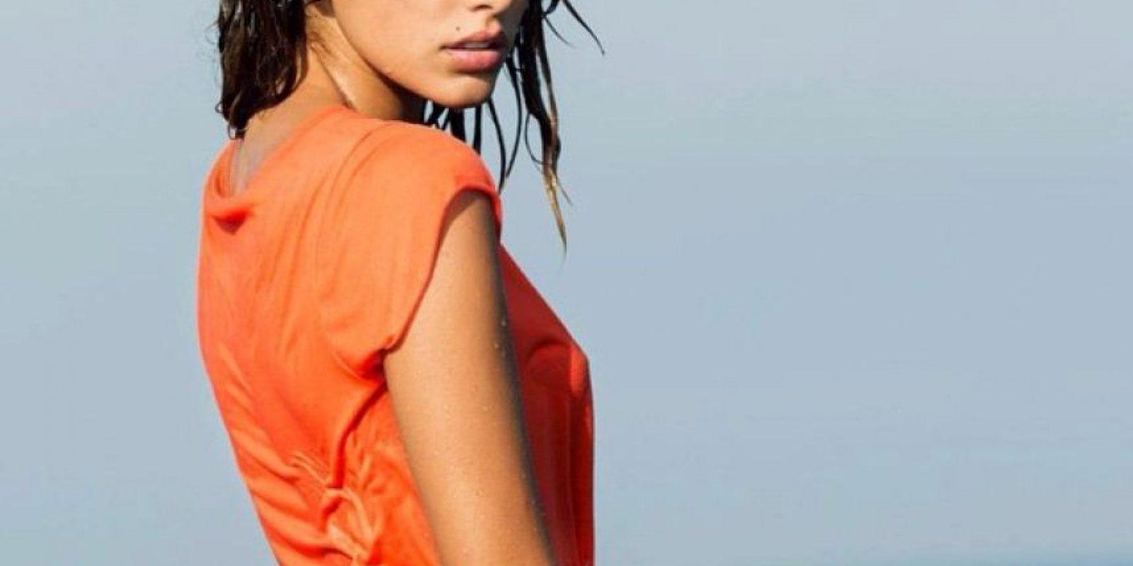 Ella es una bella modelo italiana que vive en Nápoles y que fue novia de Antonio Mirante. Foto:Vía instagram.com/chiaranapoli_it