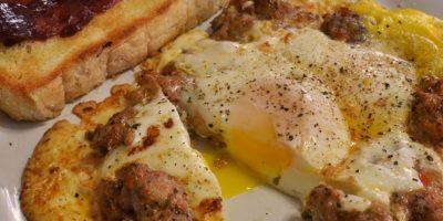 Huevo, carne, pimienta para darle sabor. Foto:vía Flickr