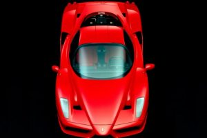 Alcanza velocidades de hasta 350 kilómetros por hora. Foto:Ferrari