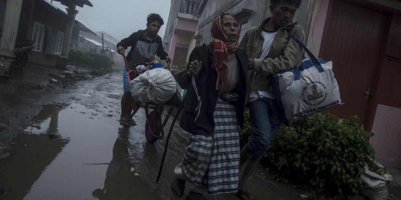 Mucha gente ha tenido que abandonar su hogares. Foto:AFP