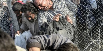 FOTOS: Miles de sirios cruzan frontera con Turquía para escapar de ISIS