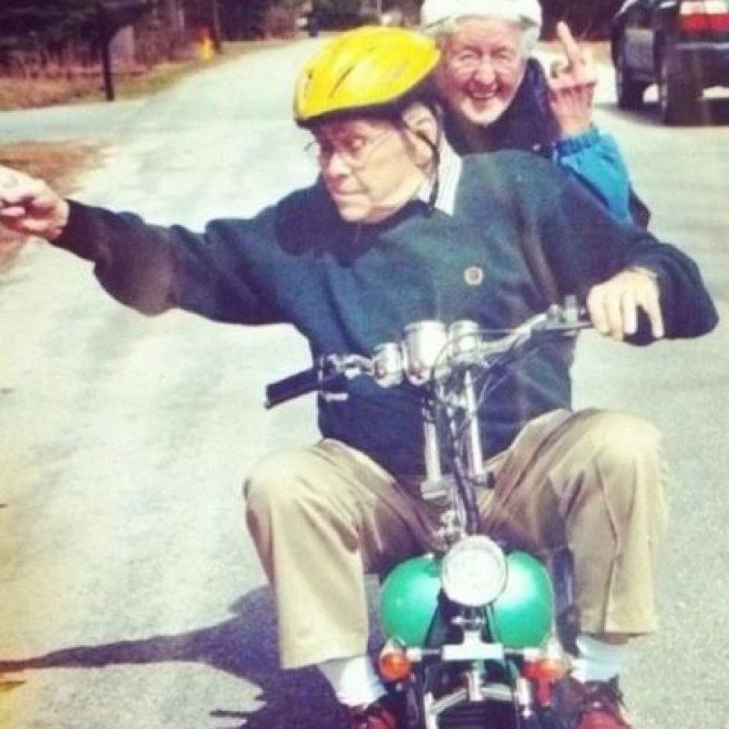 """Todos sabemos que la amistad es importante para la felicidad, pero recientemente se descubrió que los amigos también nos pueden ayudar a vivir más, compartió el portal de noticias """"BBC"""" Foto:Reddit"""