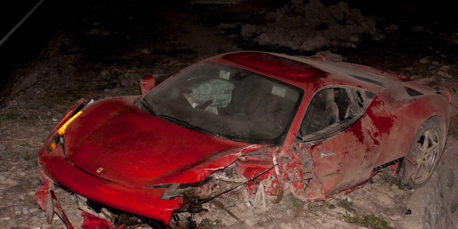 El futbolista manejaba alcoholizado y chocó con otro automóvil en la Ruta del Maipo a 25 kilómetros de Santiago. Foto:AFP