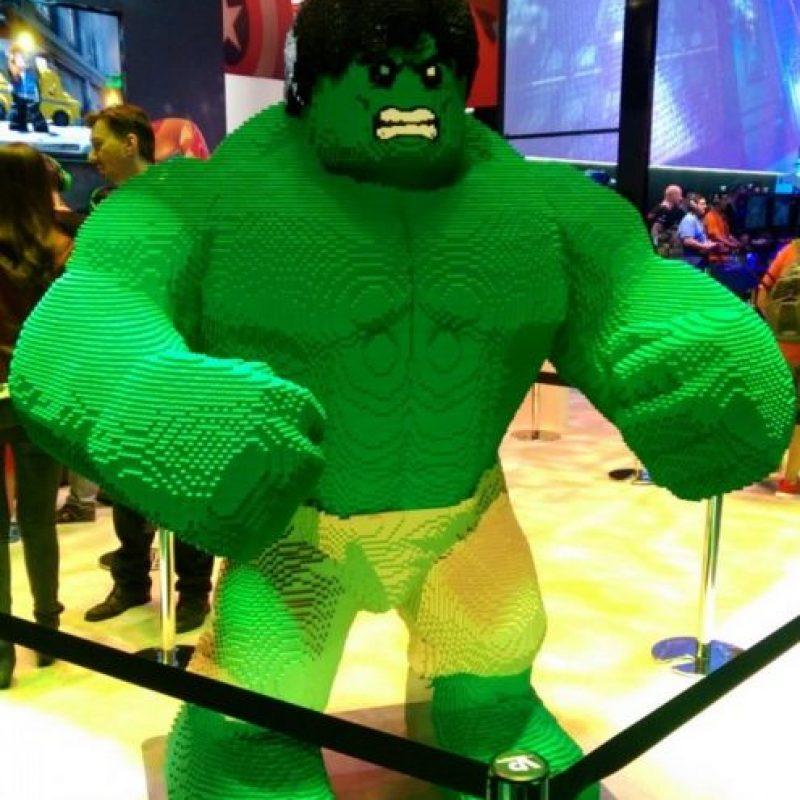 Hulk de LEGO dando la bienvenida. Foto:instagram.com/jonathanwinbush