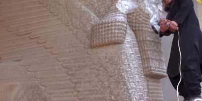 """En su """"limpieza"""" para establecer el Califato, ISIS ha destruyó el Museo Nacional de Irak y edificaciones de la época asiria. Además, destruyó la ciudad de Nimrud, en la que existían edificaciones del siglo XIII. Foto: AP"""