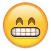 Rostro mostrando los dientes. Foto:emojipedia.org