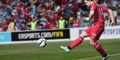 Los jugadores saben cómo moverse para bloquear los espacios abiertos, evitar que los pases lleguen a los rivales y detener el ataque contrario. Foto:EA Sports