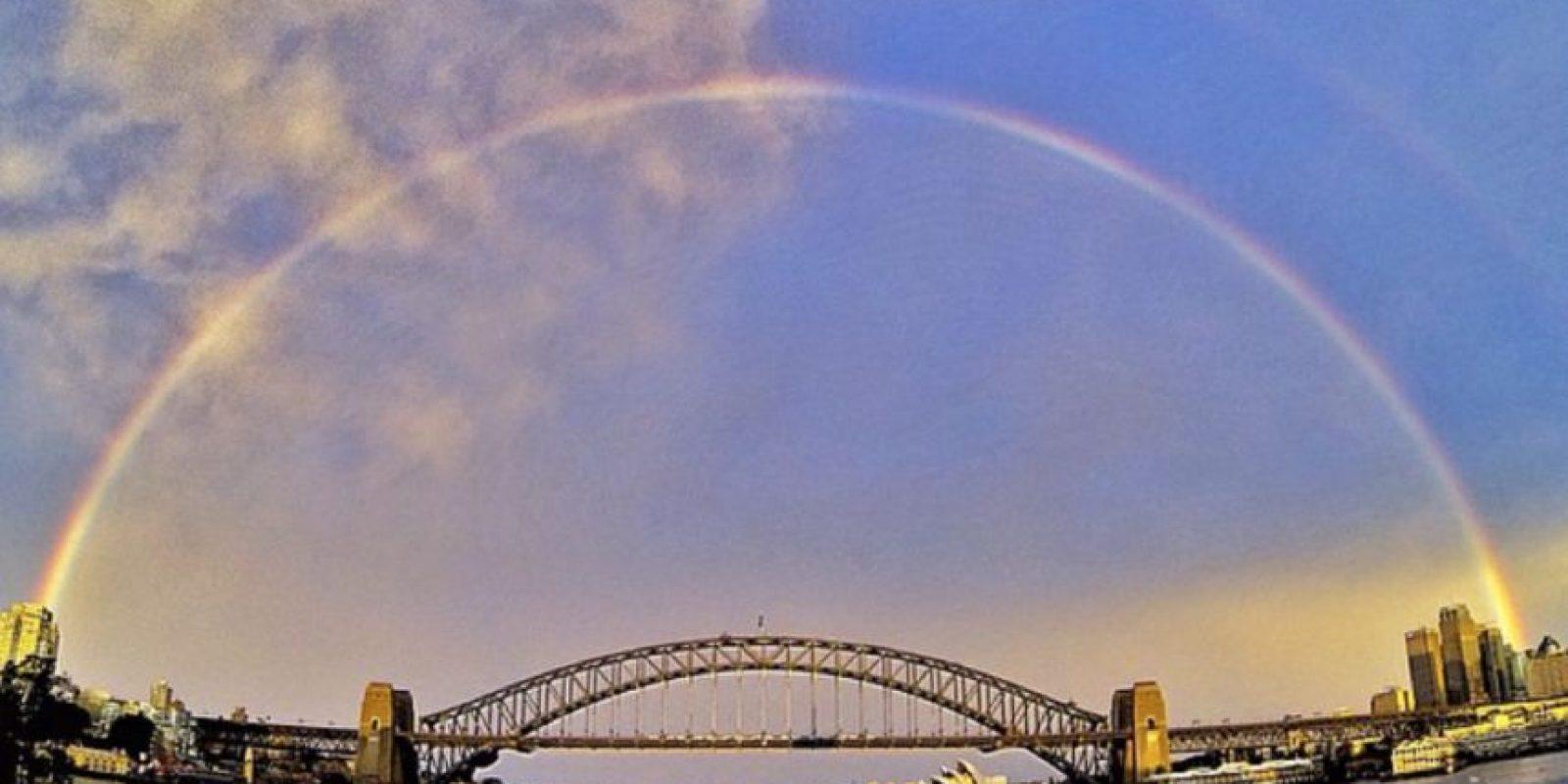 Todos los arcoirís se forma cuando la luz del sol choca con la lluvia. Foto:Vía Twitter @ANMMuseum