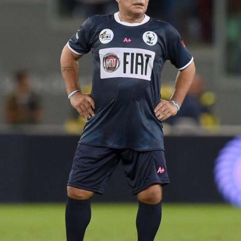 """Maradona es un """"enemigo"""" declarado de la FIFA: """"Blatter no cumplió con los tres días de mandato que dice el Estatuto. No los cumplió porque le tenía miedo al FBI y a la Policía suiza. Tenía miedo que lo vayan a sacar esposado a la FIFA"""". Foto:Getty Images"""
