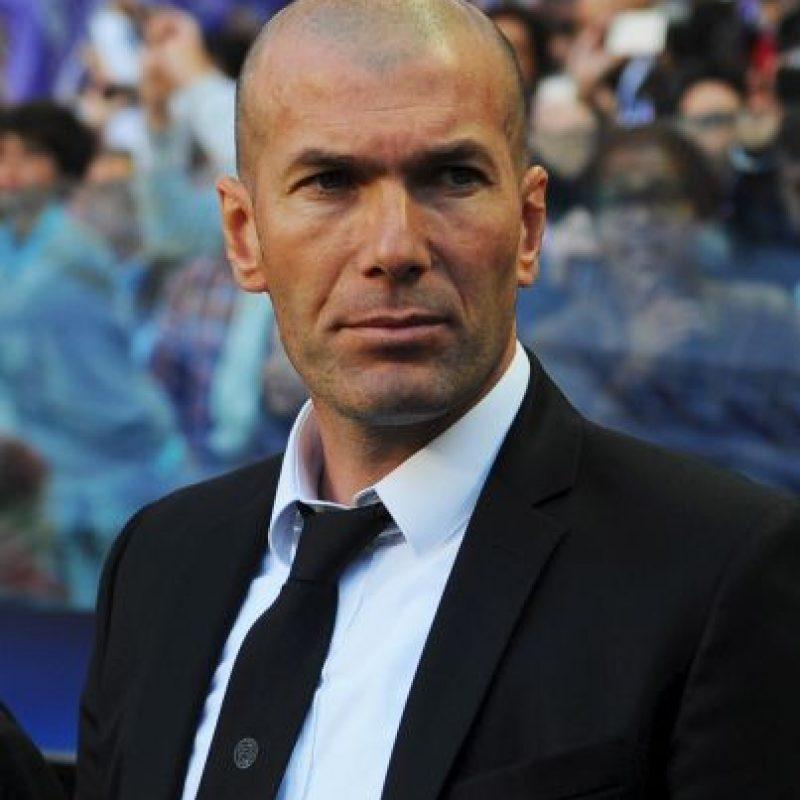En 2013, Zidane se convirtió en director deportivo del Real Madrid, puesto que dejó para dedicarse a su carrera como entrenador. Foto:Getty Images