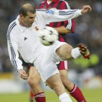 Hace 13 años, Zinedine Zidane le dio la novena Champions League al Real Madrid con un gol que se quedó grabado en la memoria de los aficionados. Foto:Getty Images