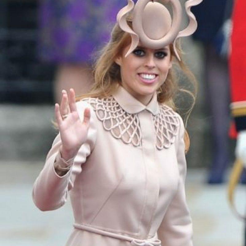 Princesa Beatriz, los inodoros no se llevan a los matrimonios de los primos. Foto:vía Getty Images